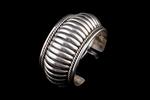 Navajo Bracelet, ribbed silver