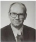 Jerry Witt by Retiree Center, Winona State University