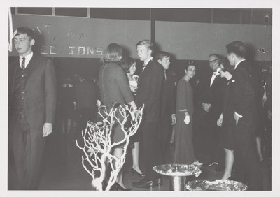 Homecoming Dance Duane Luinstra in Center